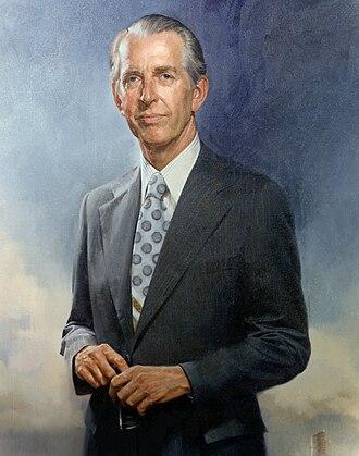 University of Utah Presidents - Image: James Fletcher, official NASA portrait