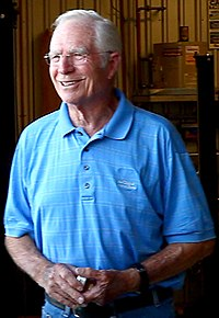 Jim Hall (racer).jpg