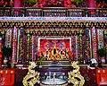 Jiufen Zhaoling Temple Innen 2.jpg
