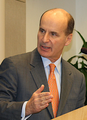 José María Figueres speaking at Brookings Institution (cropped).png
