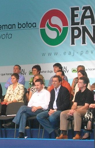Basque Nationalist Party - Josu Jon Imaz (in white shirt) and Iñigo Urkullu (in black shirt) in 2007