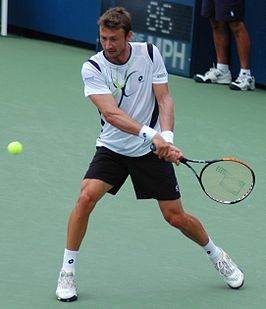 Juan Carlos Ferrero at the 2009 US Open.jpg