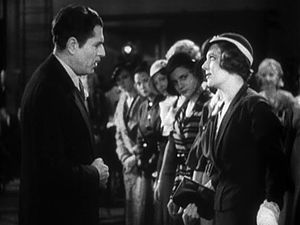 42nd Street (film) - Naive newcomer Peggy makes her first faux pas, antagonizing tough director Julian