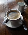 Kännchen Milch und Tasse Kaffe.JPG