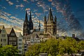 Kölner Altstadt kurz vor Sonnenuntergang NRW.jpg