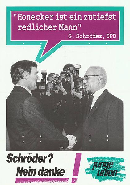 File:KAS-Politischer Gegner, Gerhard Schröder-Bild-13220-1.jpg