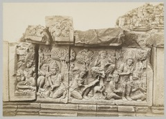 KITLV 12236 - Kassian Céphas - Reliefs on the terrace of the Shiva temple of Prambanan near Yogyakarta - 1889-1890.tif
