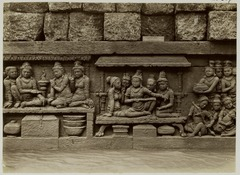 KITLV 28007 - Kassian Céphas - Relief of the hidden base of Borobudur - 1890-1891.tif