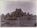 KITLV 40197 - Kassian Céphas - South side of Tjandi Sewoe - 1902.tif