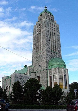Kallio - The Kallio church, designed by Lars Sonck and built in 1908–1912, represents the Finnish national romantic school of architecture, as well as a change to Art Nouveau.