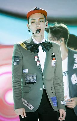 Key at the 2015 Korea Music Festival in Sokcho 01.jpg