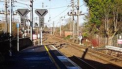 Kilwinning Station, Ayr platforms, North Ayrshire - View towards Glasgow.jpg