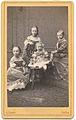 Kinder von Herzog Friedrich VIII. von Schleswig-Holstein.jpg