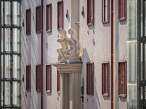 Klosehof Fruchtträgerinnen Ansicht 1.JPG
