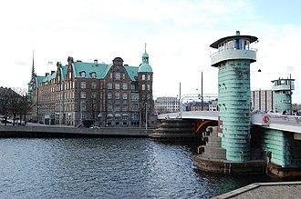 Knippelsbro - Image: Knippelsbro C. F. Tietgens Hus
