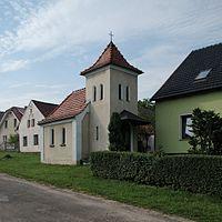 Kotliszowice kaplica św Jana Nepomucena DSC 1005.jpg