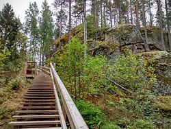 Kuivaketvele hill fort stair.jpg