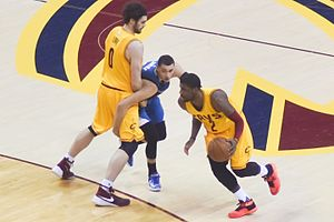 Zach LaVine - LaVine (middle) defending against the Cleveland Cavaliers in 2016