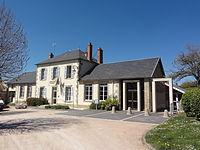 La Cellette (Puy-de-Dôme) écoles et mairie.JPG
