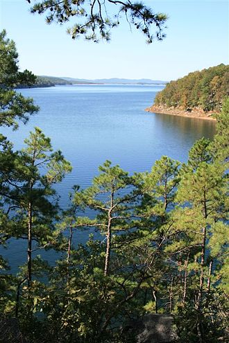 Lake Ouachita - Image: Lake Ouachita (1580678324)