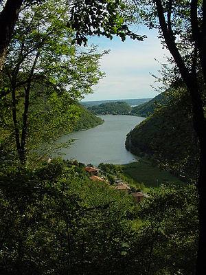 Lago del Segrino - Image: Lake segrino