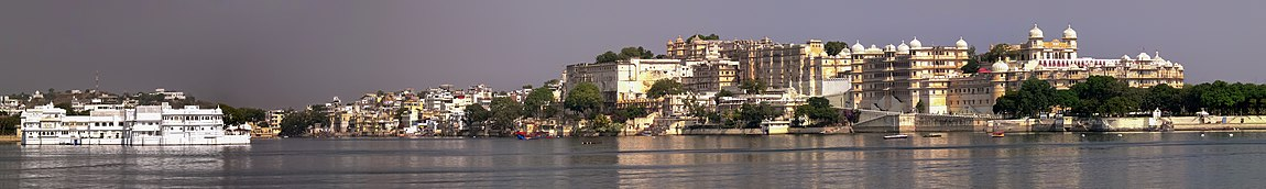 Relation of the palace to the city of Udaipur Panorama from Jag Mandir Island