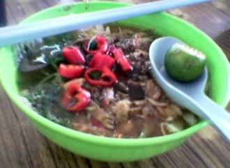 Ipoh cuisine - A bowl of Ipoh laksa