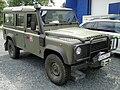 Land Rover Defender 3.jpg