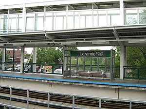 Lake Street Elevated (CTA) - Image: Laramie CTA Green Line Station