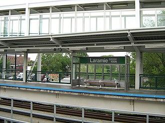 Lake Street Elevated (CTA) - Image: Laramie CTA Green Line Station
