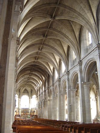 The nave of Le Havre Cathedral. LeHavreCathedrale4.JPG