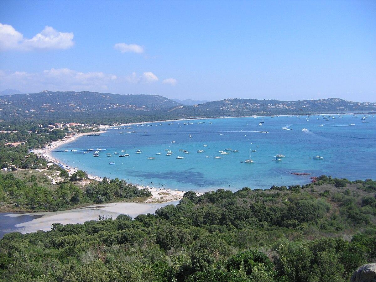 Baie de Saint-Cyprien — Wikipédia