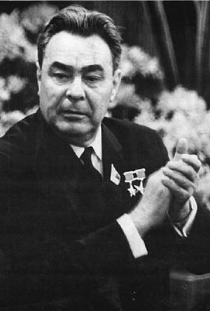 Leonid Brežněv (Bundesarchiv).jpg