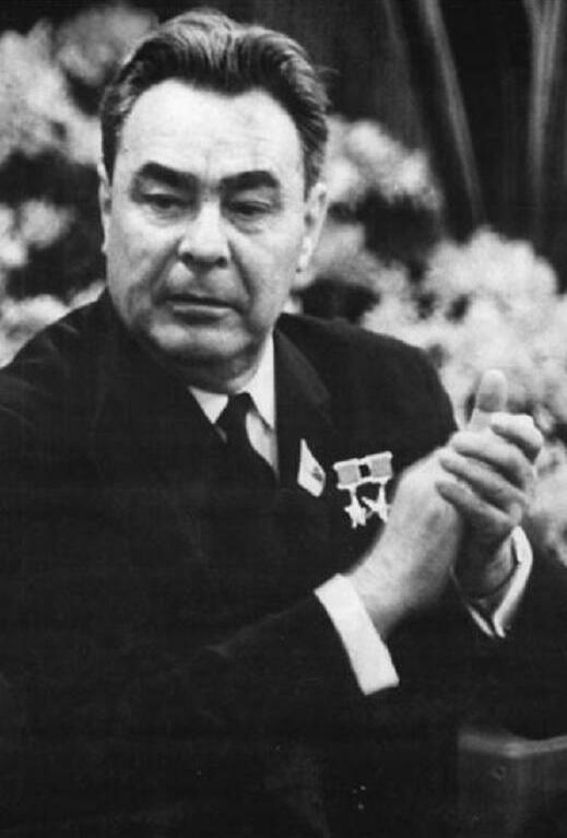 Leonid Bre%C5%BEn%C4%9Bv (Bundesarchiv)