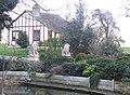 Lion Head House - geograph.org.uk - 308259.jpg