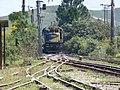 Locomotiva de comboio que entrava sentido Guaianã no pátio da Estação Engenheiro Acrísio em Mairinque - Variante Boa Vista-Guaianã km 167 - panoramio.jpg
