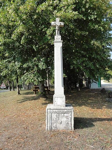 Lucey (Meurthe-et-M.) croix de chemin
