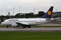 "Lufthansa B737, D-ABEE, ""Ulm"" (3890400062).jpg"