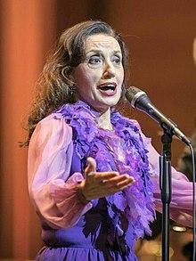 Luz Casal. From Wikipedia ... 3c6b5272b37bc