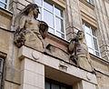Lviv Snopkivska street 47 (sculptures by Wojtowicz).jpg