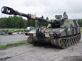 M109 howitzer - M109A5 under repair