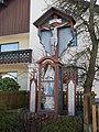 Maisach-Galgen Galgen2 Kruzifix mit Lourdesmadonna 01.jpg