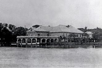 Malacañang Palace - The river façade of Malacañan Palace in 1910