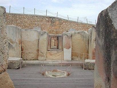 Come arrivare a Templi di Tarscen con i mezzi pubblici - Informazioni sul luogo