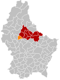 Map of Luxembourg with Mertzig highlighted in orange, the district in dark grey, and the canton in dark red