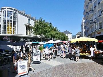 Marché de Chambéry samedi 5 août 2017 matin 1.JPG