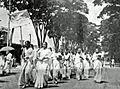 March to Shaheed Minar on 21 February 1953 at Dhaka University.jpg