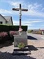 Marcy-sous-Marle (Aisne) croix de chemin.JPG