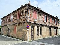 Masseube - Maison rue du commerce -2.JPG