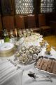 """Matsalen-Champange, Gåsleverpate och ostron. Utställningen """"Smak av svunnen tid"""" år 2007 - Hallwylska museet - 86321.tif"""